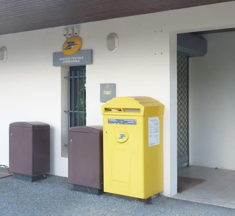 08 Bureau De Poste Monbazillac